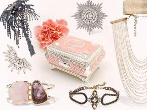 Jeweled Paradise: Best Jewelry for the Holidays